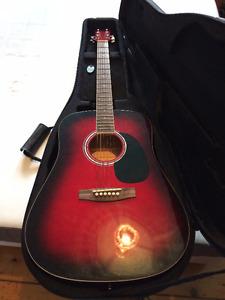 Guitare à vendre! En très bon état!