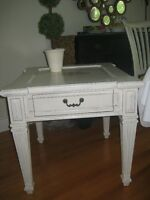 FAITES UNE OFFRE Table d'appoint / Side table / End table