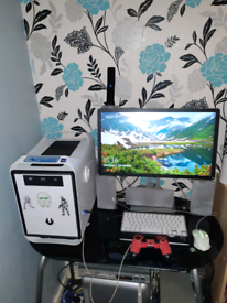 Custom gaming itx rig with screen speaker ps4 controller ready to game