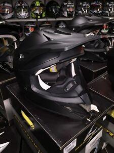 Scorpion MX/Snocross Helmets On-Sale! Stoney Point Hardware! Windsor Region Ontario image 4