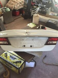 2015 Honda Civic trunk lid with dent