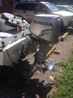 2013 Honda 30 hp 4 stoke outboard motor