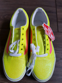 Brand new vans trainers size 3.5