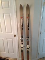 Rossignol Sport Series 550 158 skis AND ski boots