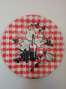 """19"""" dia. metal wall plaque - red & white gingham w/ wine & grape"""