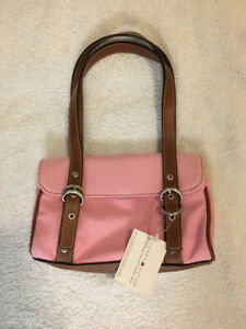 Tommy Hilfiger Small Handbag - New with tags