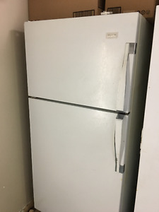 Norge regrigerator with top freezer