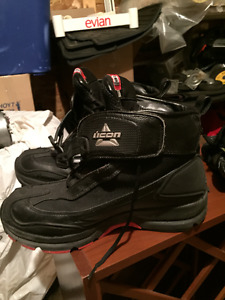 ICON MOTORCYCLE BOOTS SIZE 10 GREAT SHAPE!