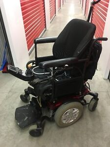 Wheel Chair Quantum Q6 Edge Power Chair c/w tilt