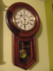 BEACON,wind up, 31 day wall clock.