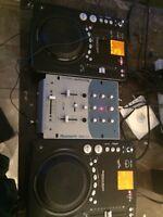 AMERICAN AUDIO CDI 300 DJ + DJ MIXER KIT 250$