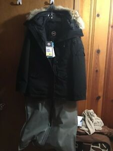 Canada Goose vest replica 2016 - Montebello | Kijiji: Free Classifieds in Canada. Find a job, buy a ...