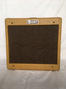 Fender®Champ® Style 5F1 Tweed Amp & 2 Weber Alnico Speakers