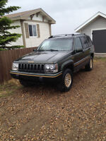 1995 Jeep Grand Cherokee Limited SUV, Crossover$1000 obo