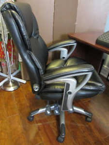Serta High Back Managers Office Chair, Black