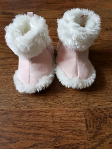 Size 3-4 baby girl winter boots