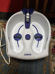 CONAIR FOOT / PEDICURE SPA WITH MASSAGE BUBBLES