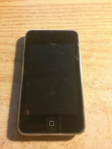 ipod touch 2 8gb -- small crack and back light not working