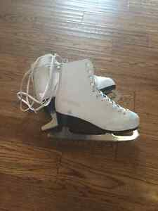 Womens figure skate size Eur 35 or US 4