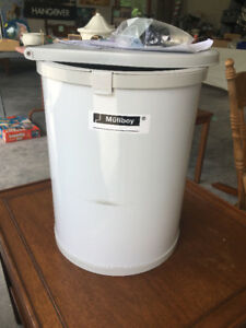 Cupboard Door Garbage Can - BRAND NEW!