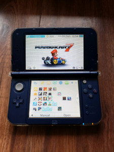 New Nintendo 3ds XL  - like new + 64gb sd + case +  games