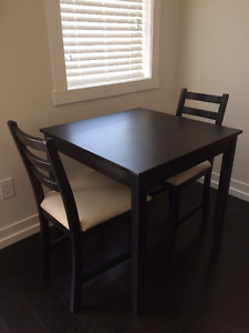 Like new dining table with 2 dining chairs