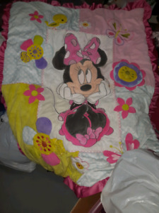 Minnie mouse crib set