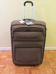 SAMSONITE LUGGAGE - Large Size - Brand New!