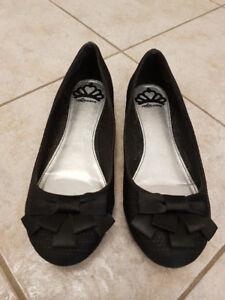 Black Ballet Shoes: Fergalicious by Fergie Size 7
