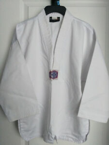 Taekwondo uniform size 0