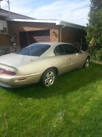 1995 Buick Riviera Coupe (2 door)