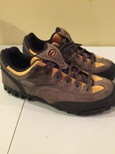 North wave mountain bike shoes paid $120