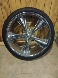 "20"" chrome rims"