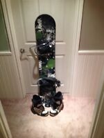 "Lamar 54"" snowboard and boots"