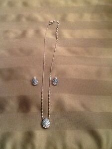 Swarovski crystal necklace and earrings