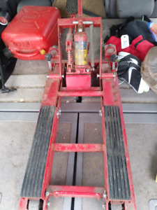 Motorcycle jack great condition!