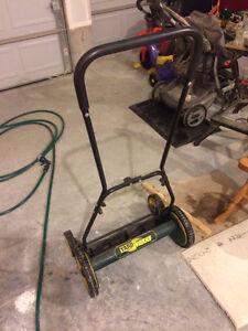 YardWorks manual lawn mower Kitchener / Waterloo Kitchener Area image 1