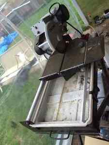 ROK wet saw in new condition