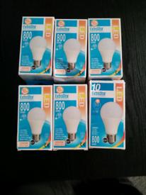 11watt (80w) Led bulbs warm light e27 screw in x 6 Brand New