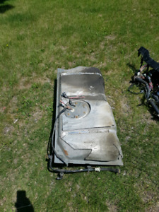 03-11 Lincoln Town Car Fuel Tank and Pump