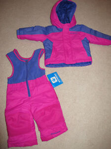 Excellent condition 6-12 month Columbia two piece snowsuit