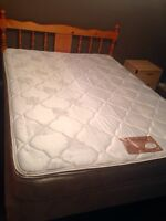 Queen complete bed set- ready to use!