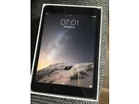 *** IPAD MINI 16 GB LIKE NEW ***