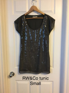 Ladies Dresses and Tunics *some brand new*