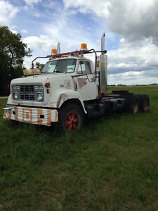 1975 Chevy 90 tandem axle highway tractor