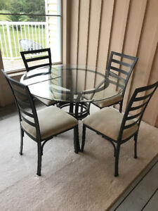 SUNROOM/DINING AREA - TABLE & 4 CHAIRS