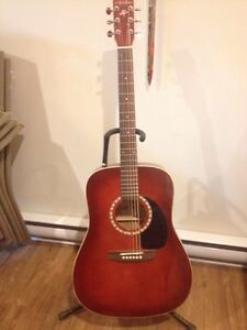 Art & Lutherie 6 string guitar