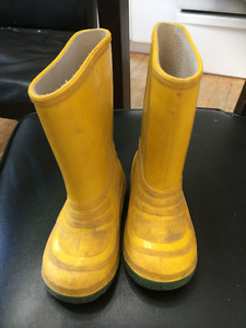 Yellow Boots size 8