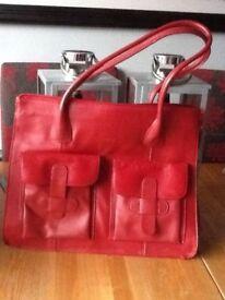 L.Credi Red leather handbag