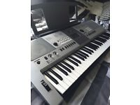 Yamaha PSR-E413 Keyboard w/ Headphones and Pedal (IDEAL FOR BEGINNERS)